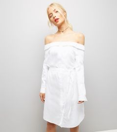 http://www.newlook.com/fr/femme/vetements/robes/robe-chemise-blanche-à-col-bardot-/p/524290510?comp=Search